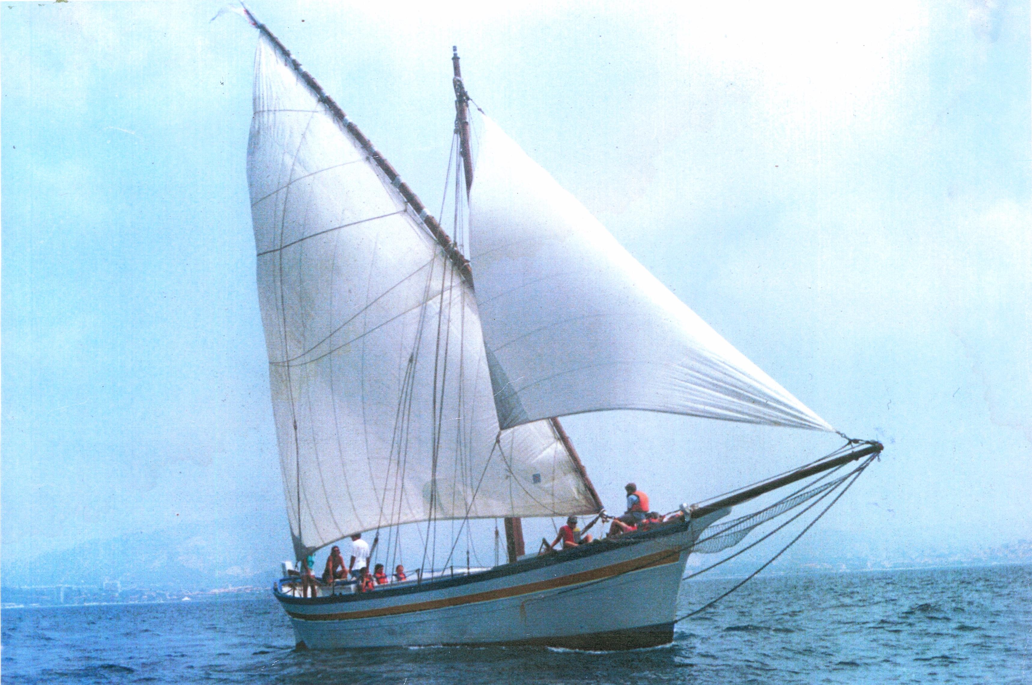 Le premier gréement latin de La Flâneuse de 1992 à 1998